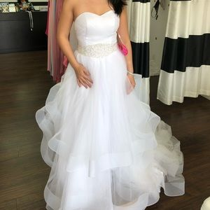 Dresses & Skirts - Ballgown wedding dress no brand but custom